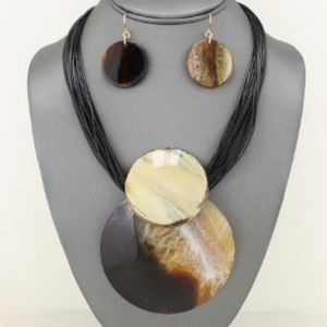 Jewelry - Brown Tortoise Dome  Pendant Necklace